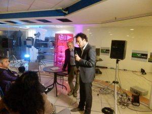 Roberto Merlino e Francesco Giusiani (col microfono) durante il dibattito seguito alla visione dei cortometraggi.