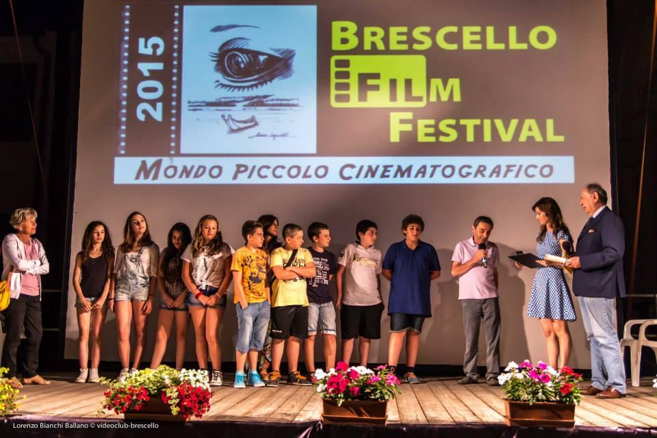 I ragazzi del Progetto Cinema della Scuola di Brescello