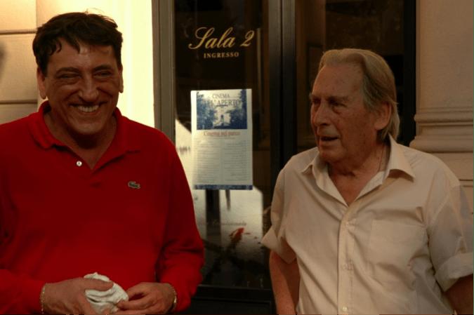 Da sx Angelo Tantaro direttore di Diari di Cineclub e Marino Borgogni in un sorridente pomeriggio estivo del 11 luglio 2008 a Montecatini durante la 59. edizione di filmVideo (foto di Vincenzo Rosace)